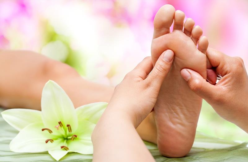Waxing, Foot Relaxo Therapy & Manicure