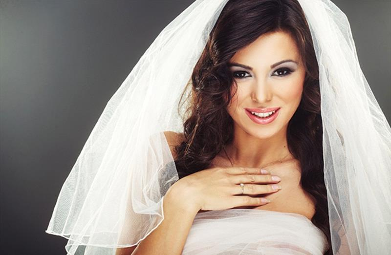 Bridal Package, Get Party Makeup Free!