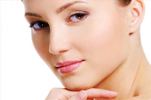 50 off on face cleanup bleach detanning threading for Aaina beauty salon parlin